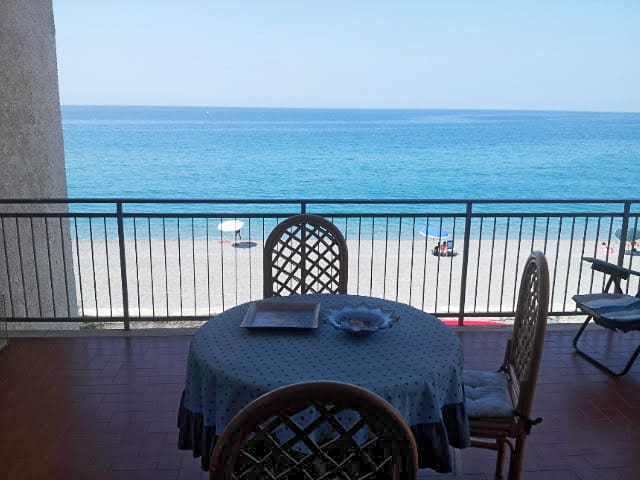 Lovely Villa by the sea - Fiumefreddo Bruzio (CS) - Villa