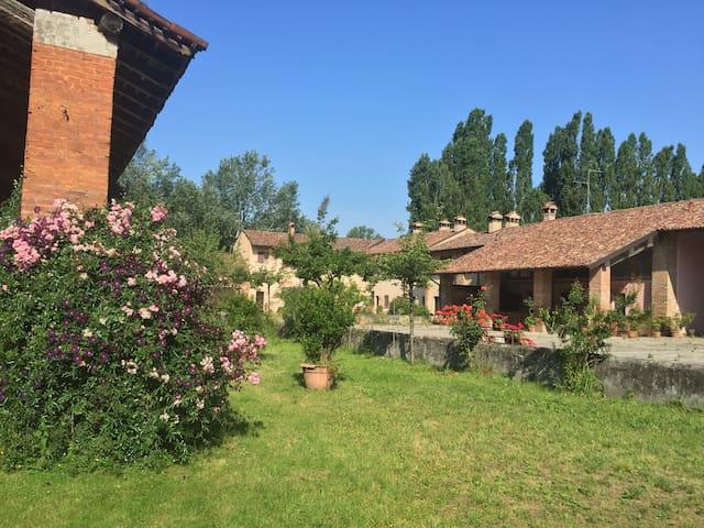 Ospitale Casa Piccola - Lodi - Lodi - Casa
