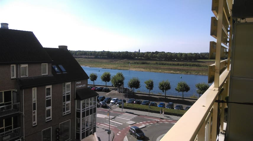 Nice apartment in city center with parking lot - Venlo