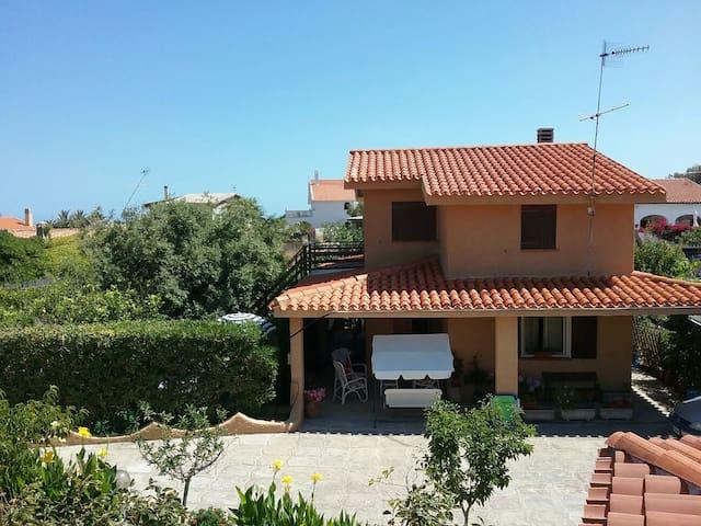 Villetta nord Sardegna (primo piano - Sorso - Hus