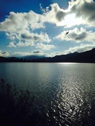 Fantastico duplex a 2 passi da lago e da Svizzera - Besano - Maison
