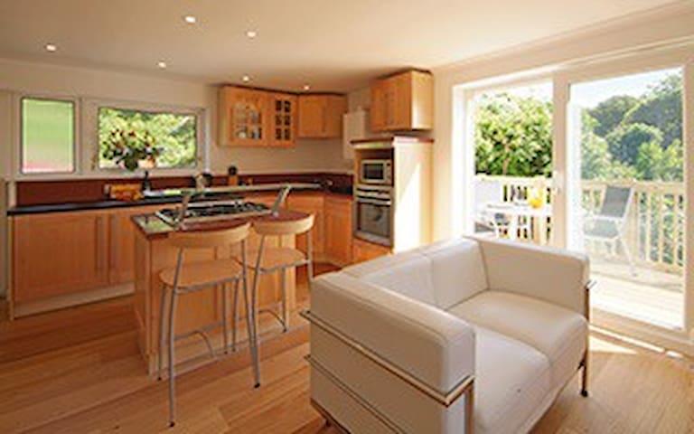 Suncot Apartment - Estuary Views! - Salcombe - Apartemen