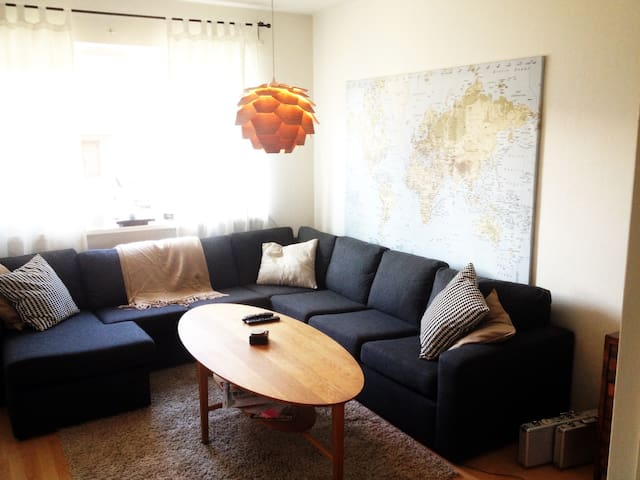 Artsy City Center Apartment - Helsingborg - Apartemen