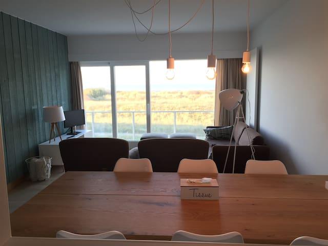 Duin appartement, 6 pers, frontaal zeezicht - Oostduinkerke - Apartament