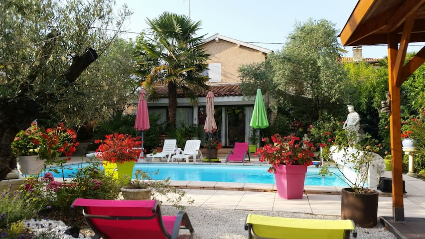Cottage -pool 40 km from Toulouse - Gratens - Casa