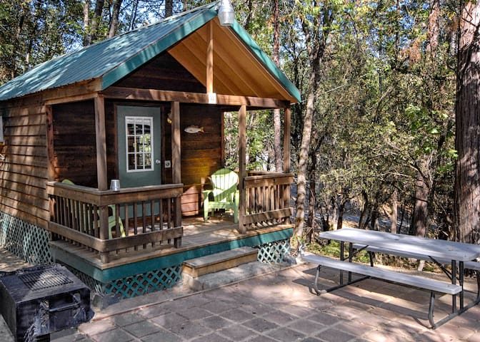 The Lazy Z Resort Cottage for Two I - Twain Harte - Chalet
