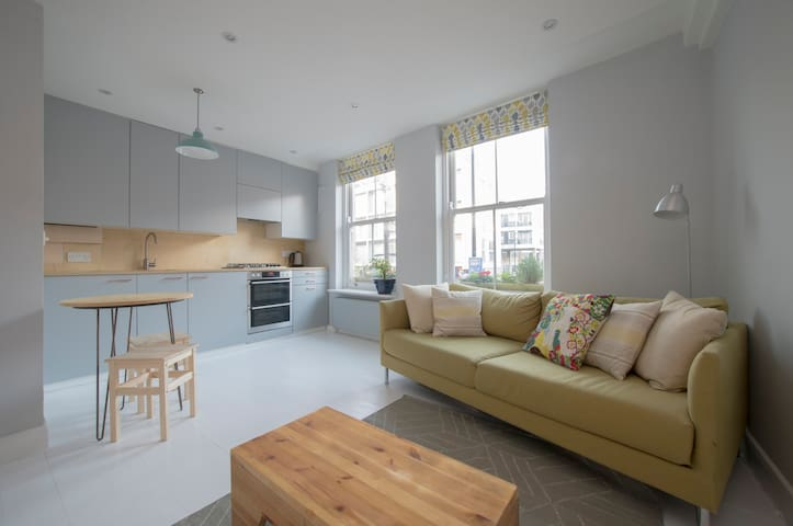 Sunny flat in central Hackney - Londyn - Apartament