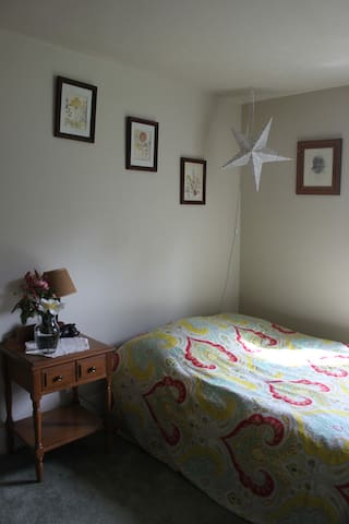 Sublime Farm Stay Kailey's Room - Sublimity - Casa
