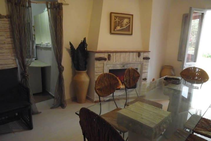 Casa indipendente con giardino - Baja Sardinia - 一軒家