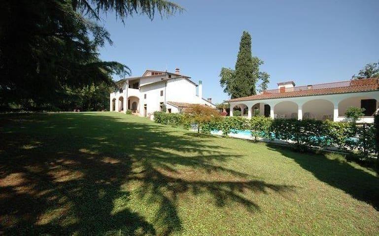 Villa Deodara - Cerretti - Villa