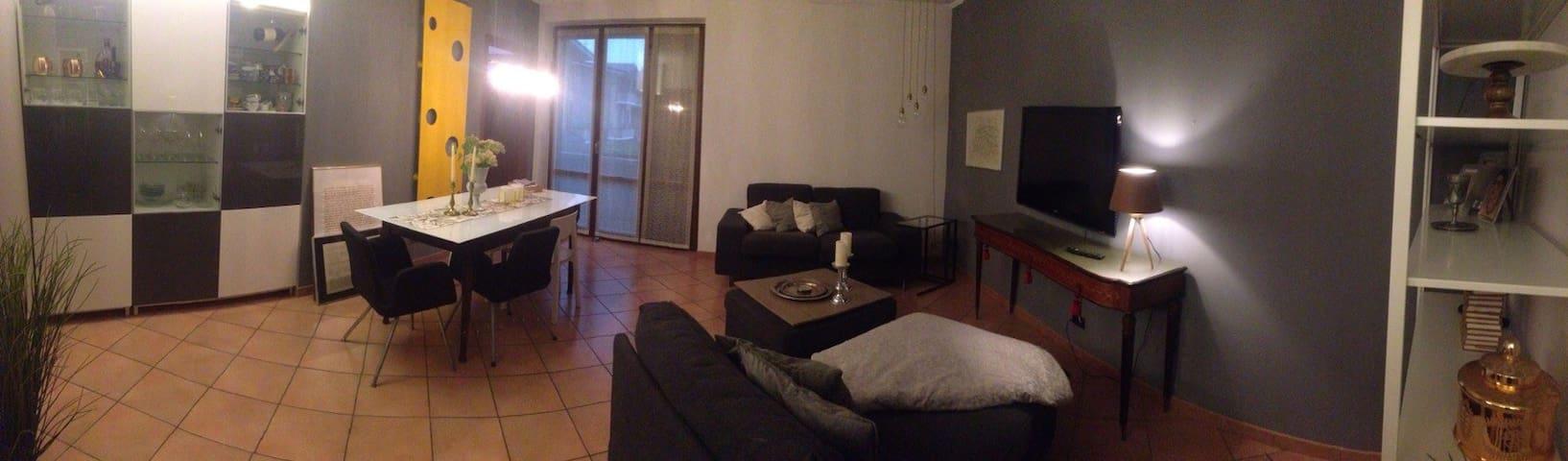 Favolosa e spaziosa casa - Seveso - Leilighet