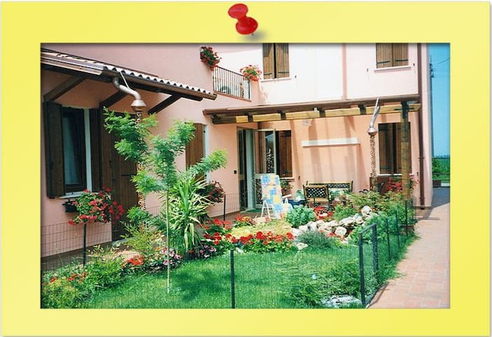 BED & BREAKFAST CASA LIVIA - Rovigo - Provincia di Rovigo - Bed & Breakfast