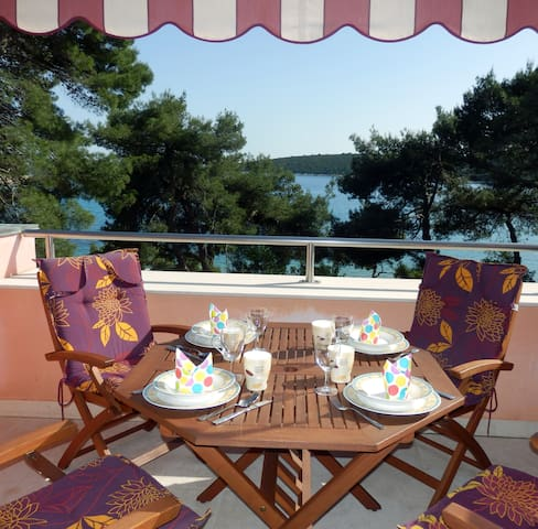 ARTATORE S - apartment with Sea view, privat beach - Mali Lošinj - Byt