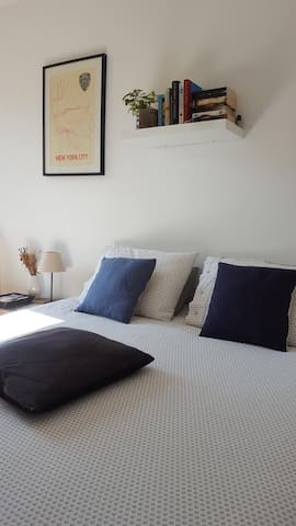 Welcome! Quiet room with private bathroom métro L9 - Montreuil - Appartement