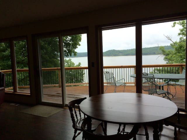 Perfect lake house with direct water access - Rogers - Haus