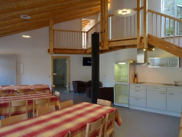 Eifel Ferienwohnung bis 10 Gäste - nähe Luxemburg - Eifelkreis Bitburg-Prüm - Daire