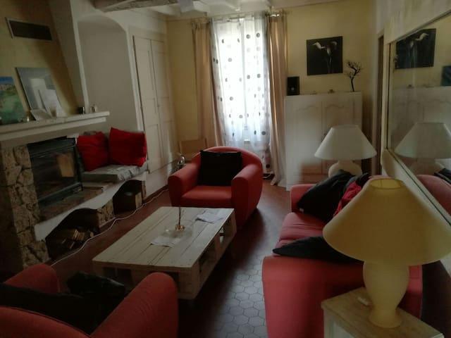 Appartement de 52m2 dans village - flayosc - Daire