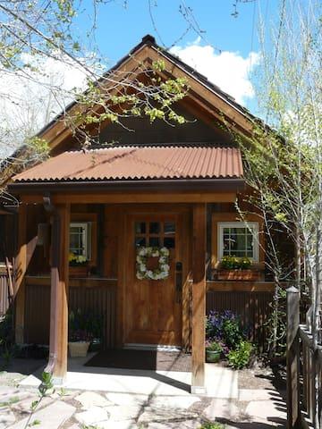 Cozy Cabin - Eagle - Houten huisje