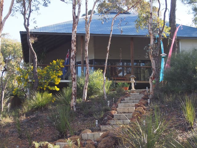 Chittering View Perth Hills Bushland Getaway - Moondyne - Hus