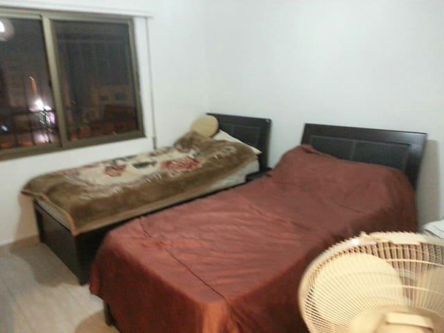 Cozy 3 bedroom apartment - Shafa Badran  - Daire