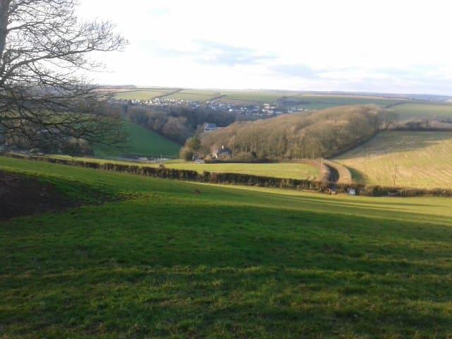 Country views in stunning location near beach/pub - Stokenham