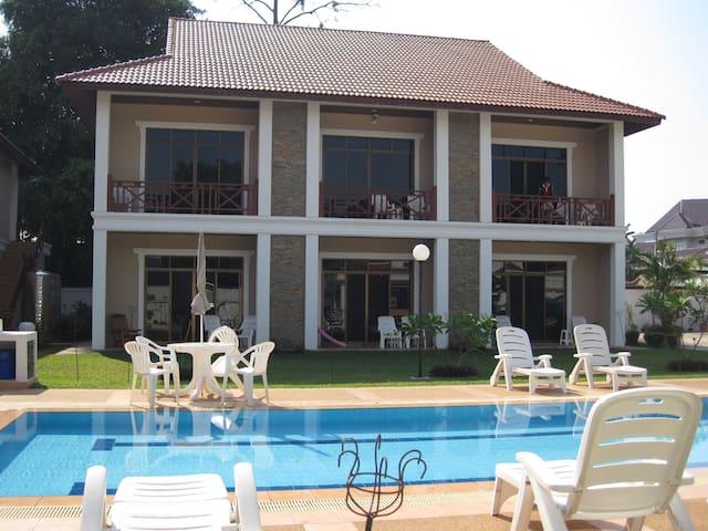 Vikeo Villas Serviced Apartments - Vientiane - Appartement