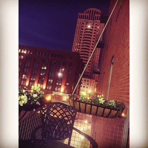 Ballpark Loft - St. Louis - Apartament