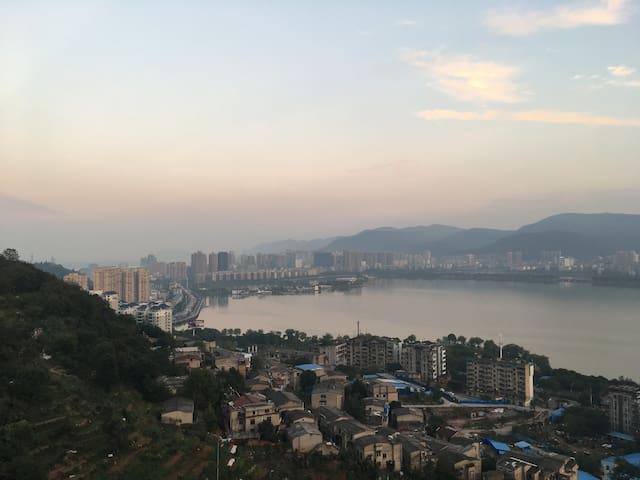 Lake View Apartment in Jingguihaoting - Huangshi Shi - Byt