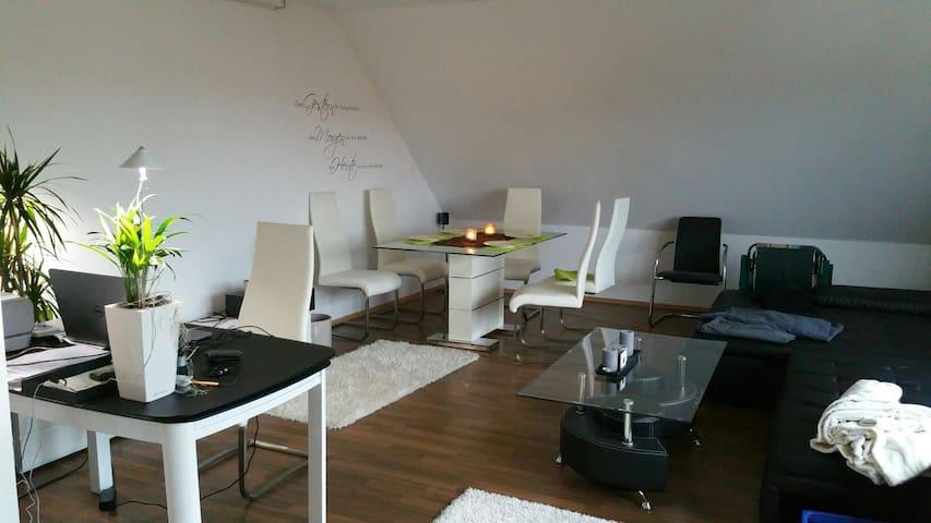 Modernes Apartment 86 qm - Weisendorf - Lägenhet