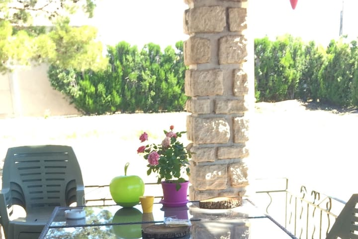 Jolie chambre privée vue sur le luberon - Cabrières-d'Avignon - Ev