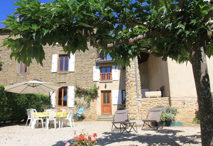 la rostigniere - Saint-Barthélémy-de-Vals - House