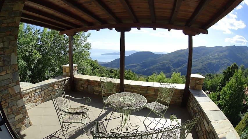 San Lorenzo's house with amazing view - Agios Lavrentios - Villa