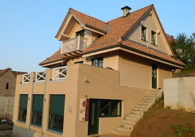 Herzlich Willkommen im mediterranen Casa Sueno - Johannesberg - Inap sarapan