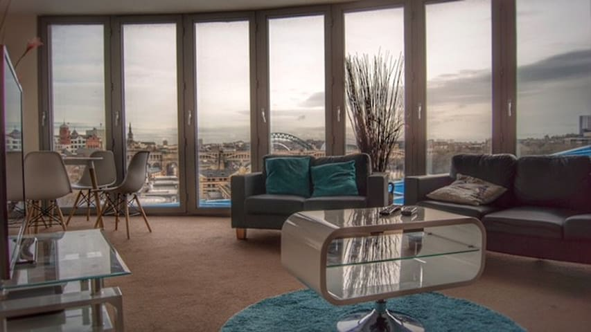 Luxury Quayside Apartment with Gated Carpark Space - Newcastle upon Tyne - Διαμέρισμα
