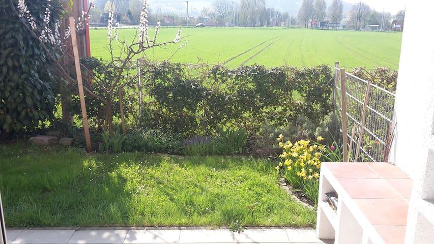 Sonnige Gartenwohnung Nähe Uni-Linz - Líncia - Condomínio