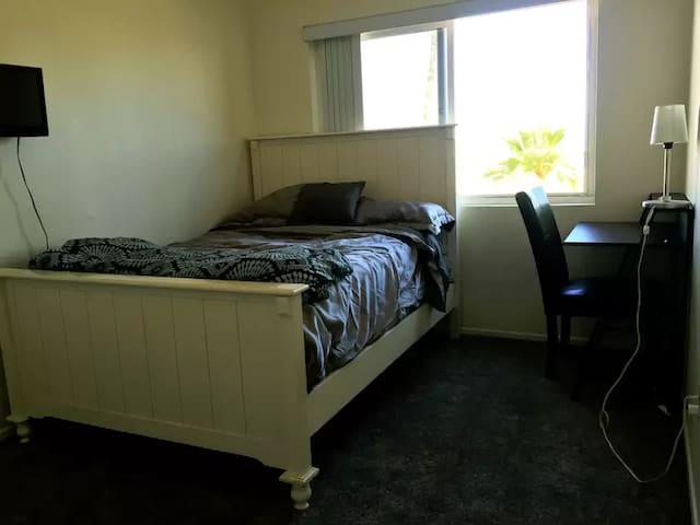 Master Bedroom overlooking the Harbor - Seal Beach