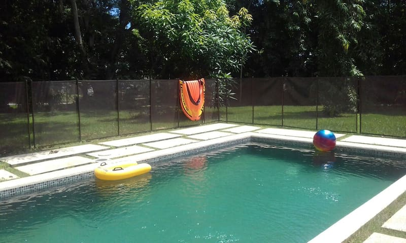 Independiente room with pool-WIFI -Albrook area - Panamá - Rumah