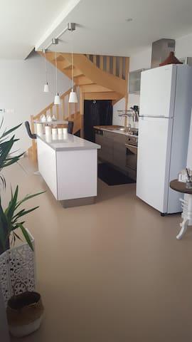 Appartement en duplex 80 m2, bien placé - Montluçon - Wohnung