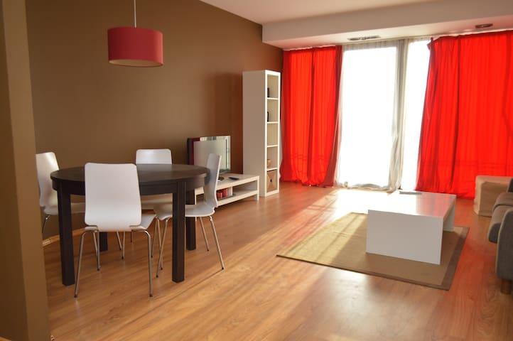 Modern Black Sea Penthouse - Agigea - Apartamento
