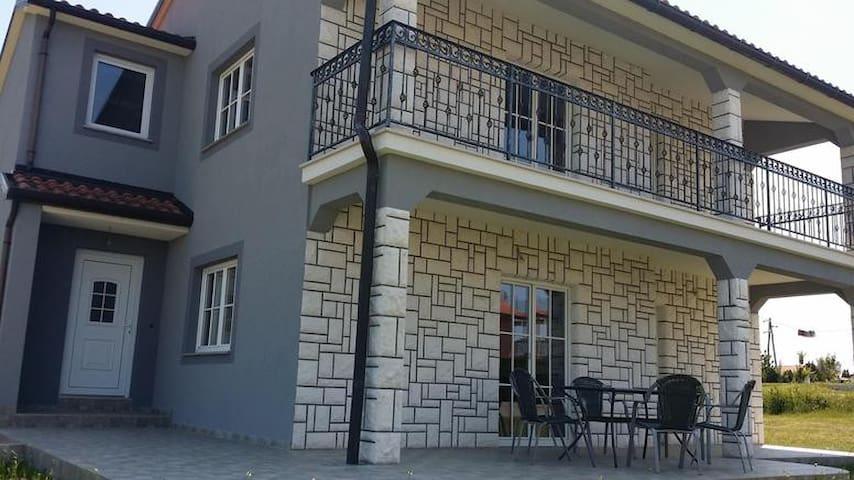 Freienhaus für 5 + 2 Personen - Buje - Hus