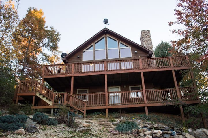 Woody's Mountain Retreat - Lynchburg - Casa