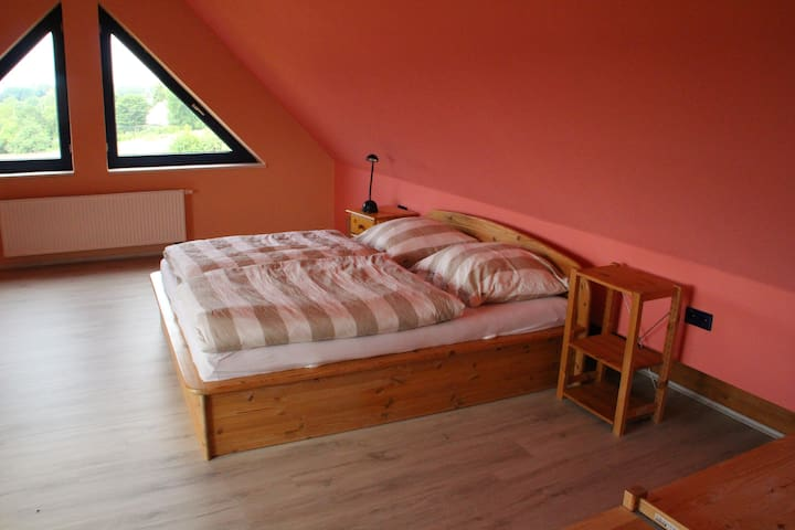 gemütliche Wohnung mit tollem Blick in die Natur - Kasseedorf - Apartamento
