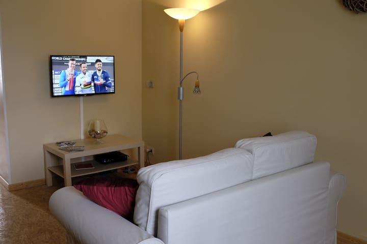 Bel appartement lumineux et très confortable - Charleroi - Departamento