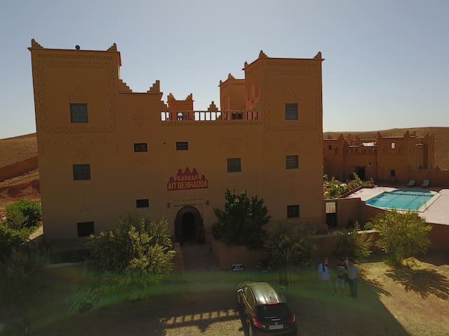 Kasbah with panoramique views ans a Pool - Skoura - Pension