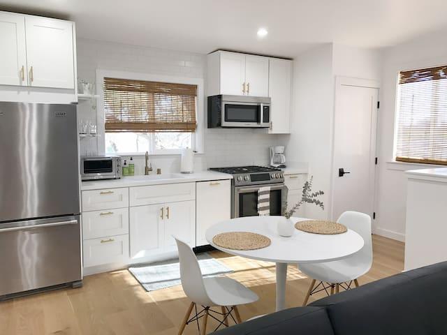 New executive suite in Los Altos Hills - Los Altos Hills - Apartmen
