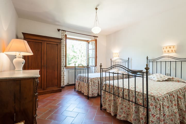 LA GENZIANA DOUBLE ROOM OVER THE WORLD - Citta di Castello - Villa