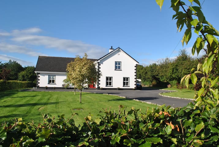family friendly home, - Cloughmoyne