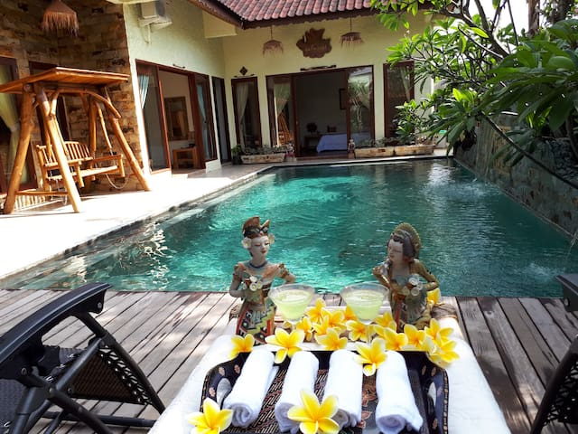 Beautiful Villa, Private Pool, 3 Bed Rooms, 6pax/> - Batam - Villa