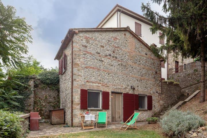 Soggiorno in antico borgo - Verucchio - Hus