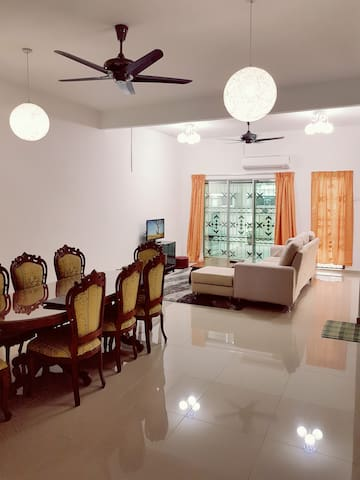 Cozy and Comfortable Fully Furnished House - Nilai - Haus